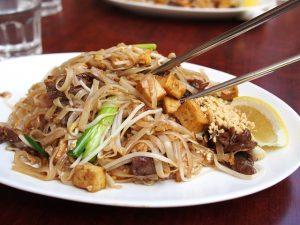 thai food bedford ma
